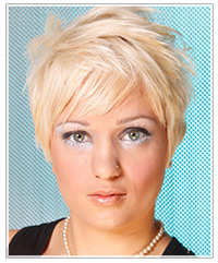 Short hairstyle for triangular face shape